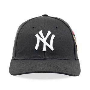 GUCCI NY YANKEES PATCH CANVAS BASEBALL CAP